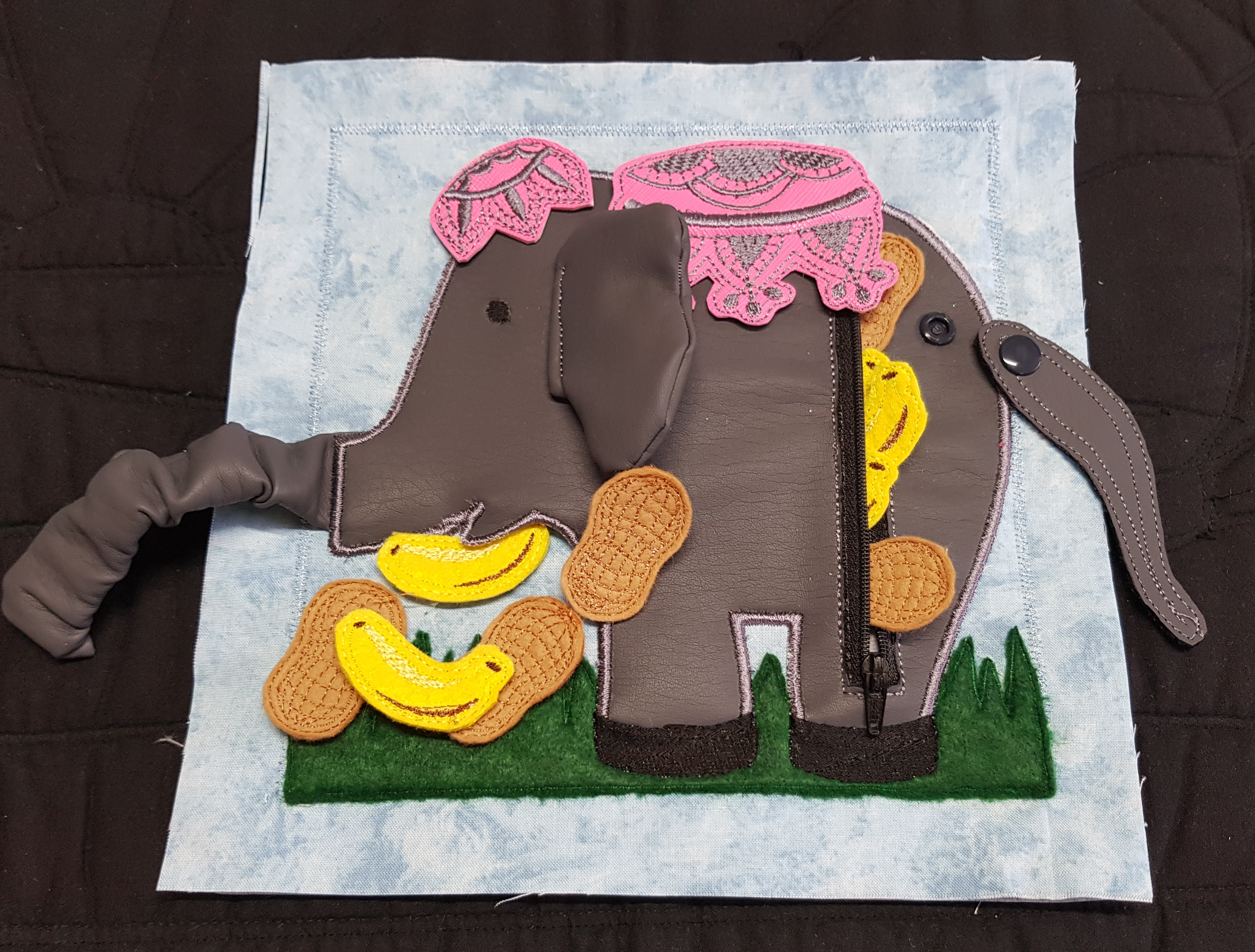 elephant feeding zipper page including svg files in the hoop
