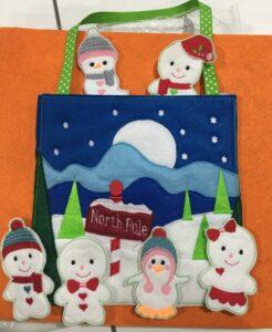 North Pole busy bag - ITHWL