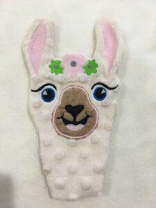Llama lovey - ITHWL
