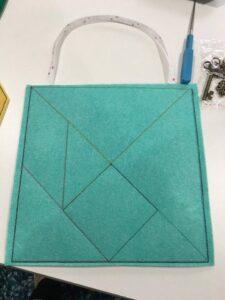 Tangram busy bag 8x8 -ITHWL