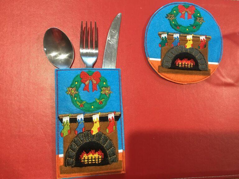 Coaster Christmas fireplace - ITHWL
