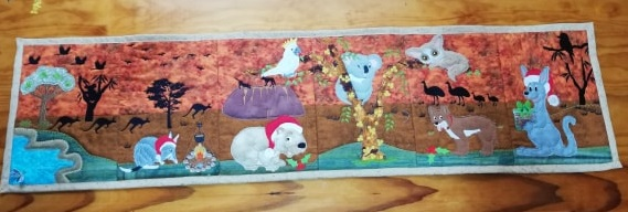 Aussie Christmas table runner - ITHWL