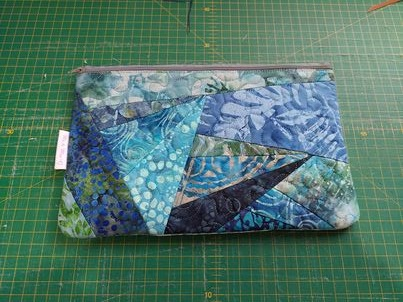 #7 Crazy patch zipper pouch - ITHWL